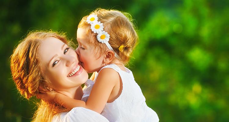 Anneler Günü'nde Sohbet ve Fırsat Bir Aradaydı